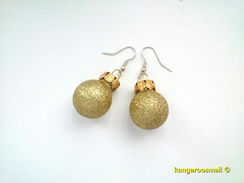 Vánoční baňky : náušnice - světle zlaté třpytivé