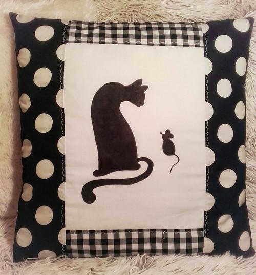 Polštář - Hra siluet (kočko - myší hrátky) 2