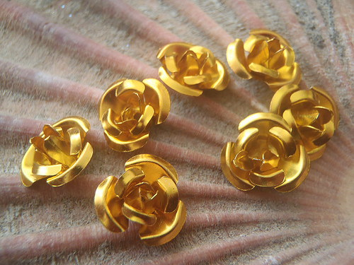 Jemný kov - aplikace květiny, cena za 5 kusů