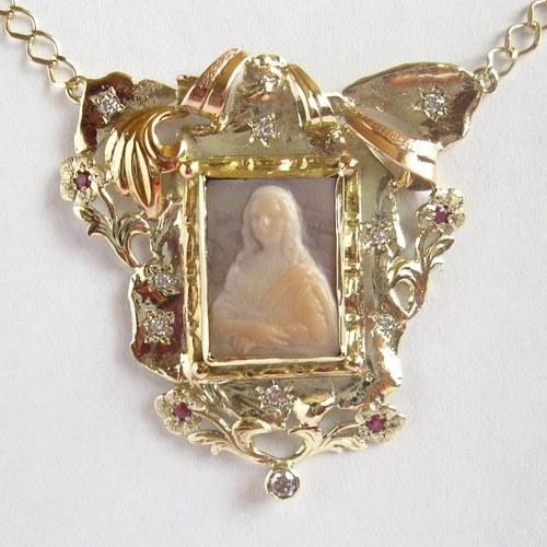 Mona Lisa v zahradě pod hvězdami (náhrdelník, Au)