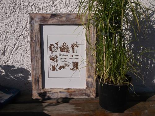 """Gravírovaný \""""retro\"""" obrázek v dřevěném rámečku"""