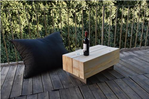 Designový stůl z trámů