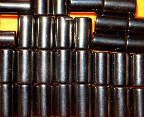 Hematit válec 12x7 mm   (cena 3 ks)
