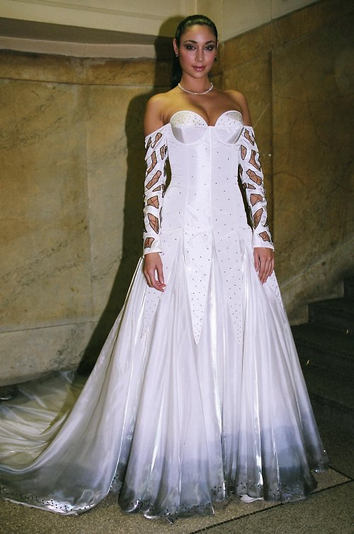 svatební šaty Bílo-černé
