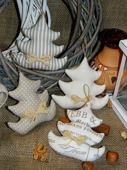 Vánoce (s)něžné - stromeček