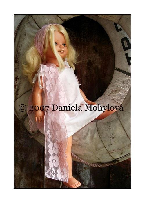 Příběhy hraček - panenka s kruhem
