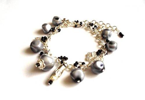 Náramek Grey Pearls