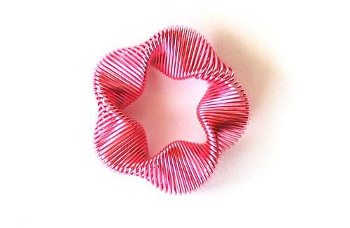 Kytička z drátku - růžová