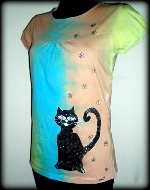 Triko s černou kočkou...z kolekce Duhová