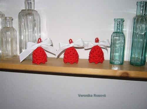 Vánoce v červeném malé zvonky sleva z 15,-Kč