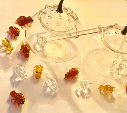 dóza na med, zavařeninku 200 ml ruč.výroba + VČELA