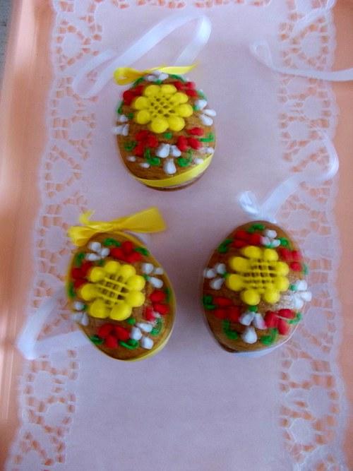 malá kraslice -kytka barevná
