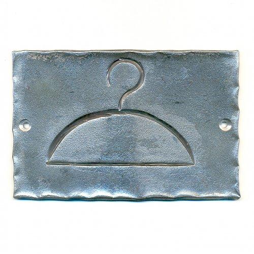 kovaná cedulka ŠATNA