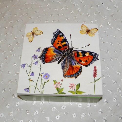 Krabička - velký motýl