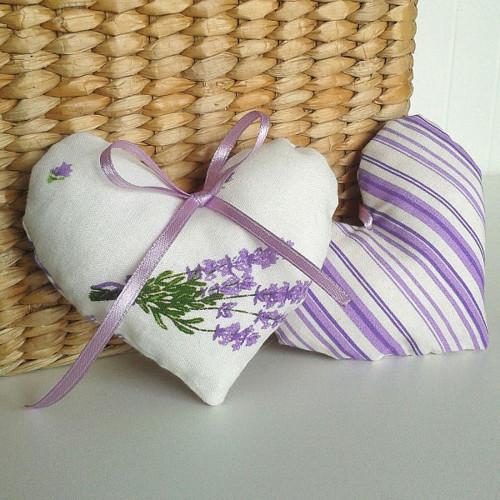 Srdíčko - fialový proužek  a levandule