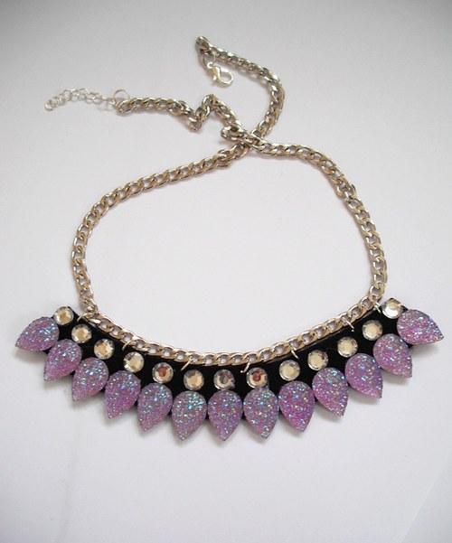 Statement fialkový náhrdelník