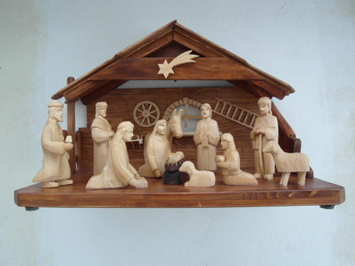 Drevený vyrezávaný betlehem 5