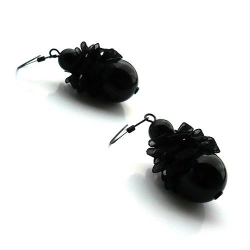 Černé pompadůrkové náušnice