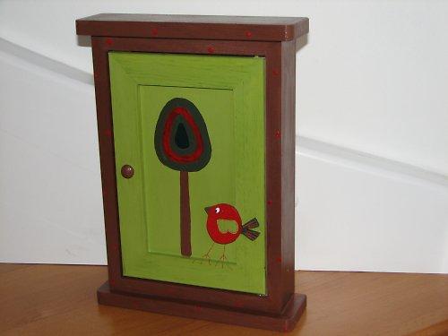 Dřevěná skříňka na klíče VESELÁ ALEJ