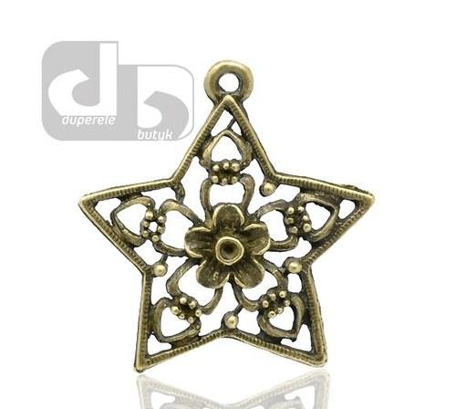 Bronzový přívěšek hvězdy