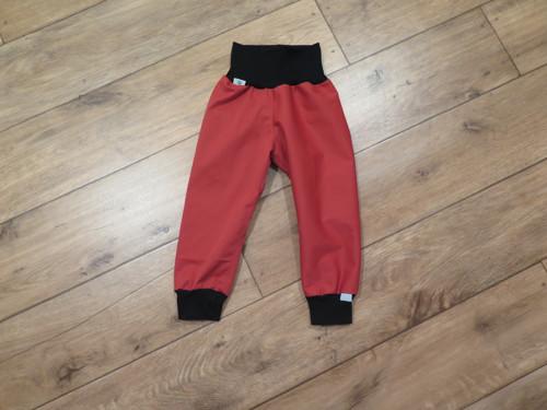 Kalhoty softshellky tenké 86-92 malinové