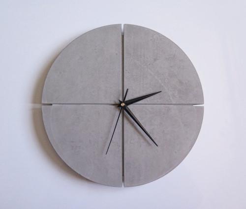 Ručne vyrobené nástenné hodiny – Pure concrete qua