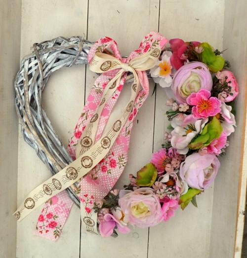 romantické srdce plné květů