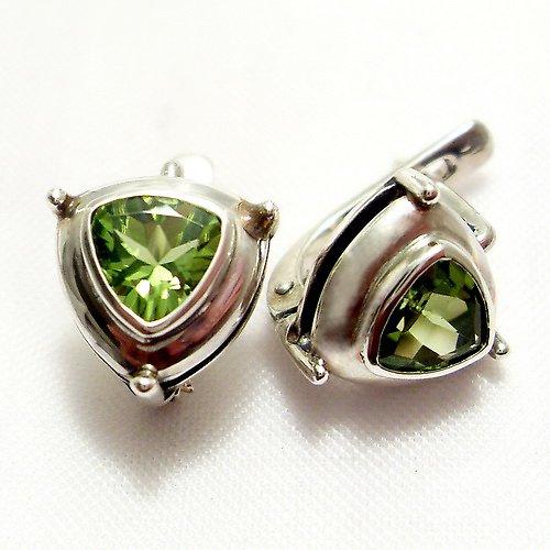 Náušnice «Jiskra» - stříbro 925/1000, olivín