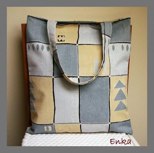 Kostkovaná nákupní taška