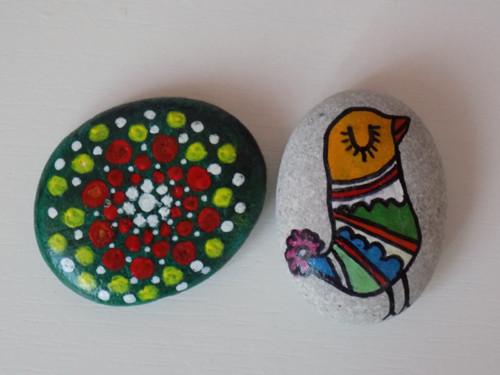 dva kamínky pro štěstí