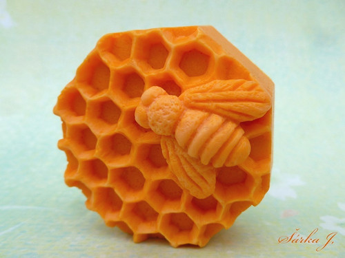 silikonová forma na odlévání - včelí plástev se v