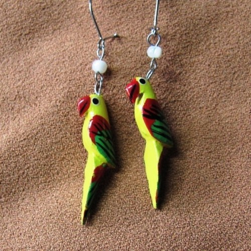 papoušci žlutí - polychromované dřevo