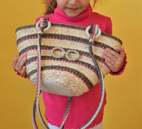 Košíková kabelka pre malé slečny