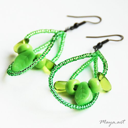 Zelené dvojité kapičky