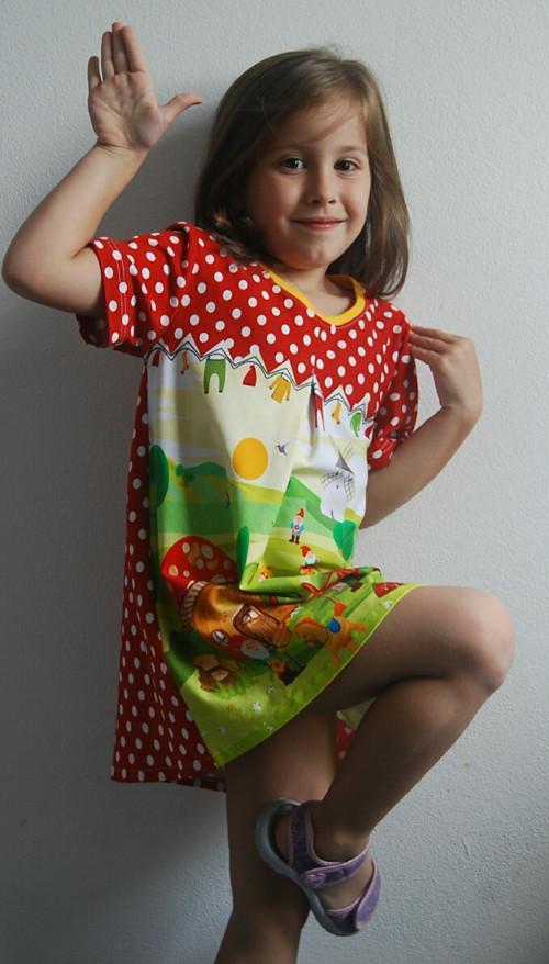 """Úpletové šaty pro holčičky \"""" Trpaslíky\"""""""