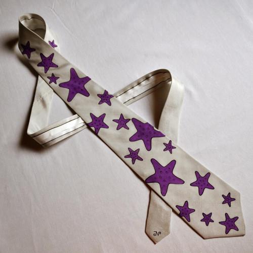 Šedá kravata s mořskými hvězdicemi - na přání
