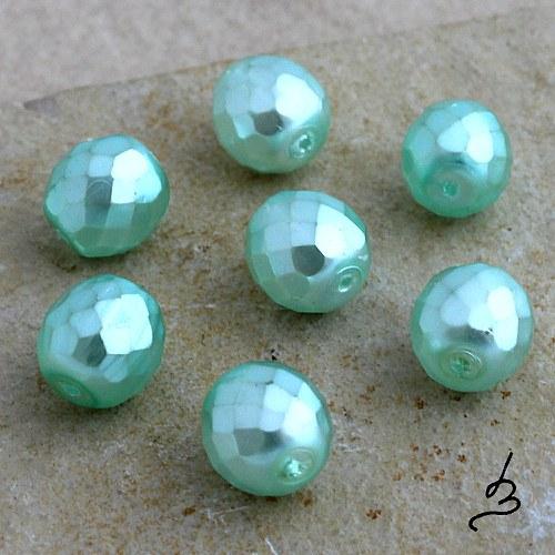 Broušené voskované zelené, 10 mm - 10 ks