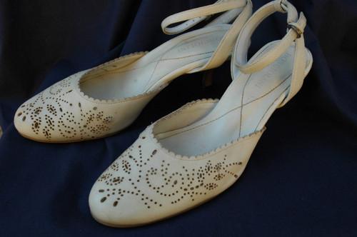 Bonciolini vel.40 sandály na klínku béžové s vadou