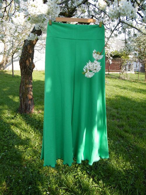 Dlouhá úpletová sukně zelená