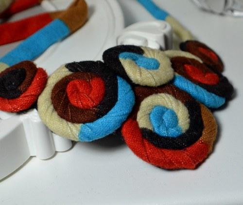 Textilní náhrdelník Quernet