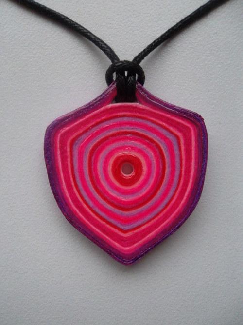 růžovo-fialová quilling sada náhrdelníku a náušnic