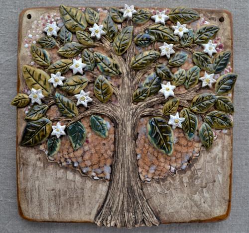 strom jarní s květy