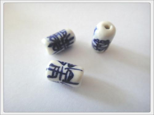 Čínský porcelánový korálek, modrý váleček
