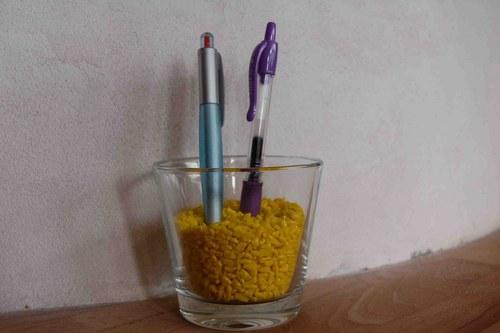 dekorační drť - žlutá