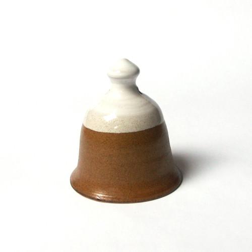 Bílomedový - keramický zvonek