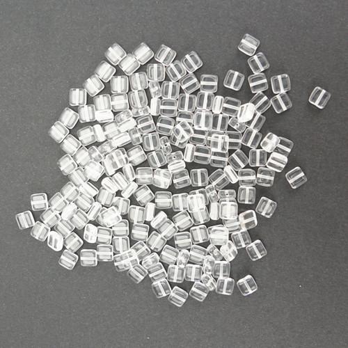 Skleněné ČTVEREČKY 6x6mm - transparentní (50ks)
