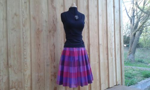 Skládaná bavlněná sukně