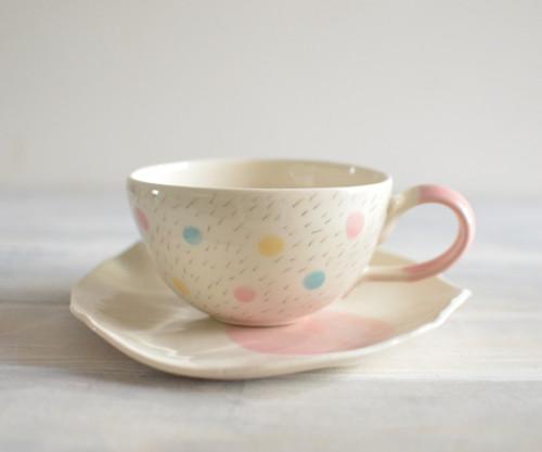 Jarní barevný-set šálku s talířkem