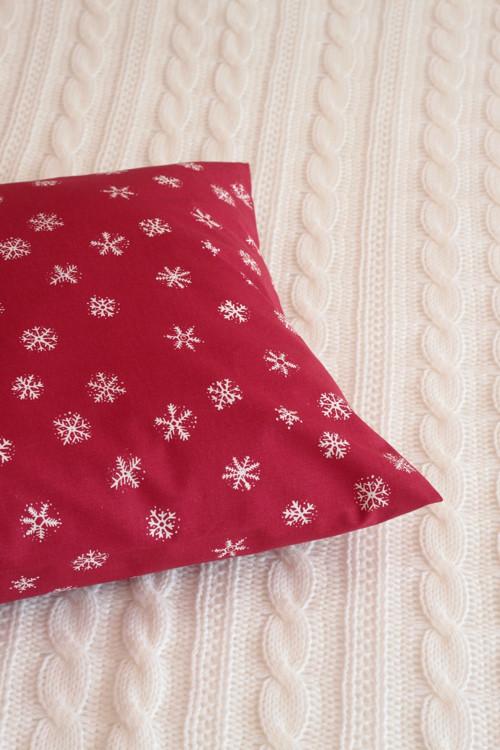 Povlak na polštář - tmavě červená 40x40...č.239