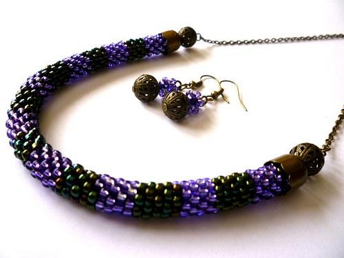 Sada, náhrdelník a náušnice